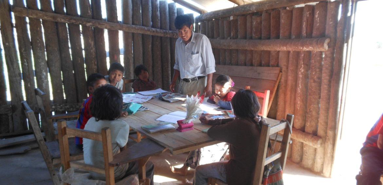 Material preescolar para los niños indígenas con el Centro Unesco Murcia