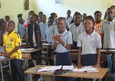 Manos Unidas organiza un concierto de guitarras eléctricas, a beneficio de dos escuelas de Senegal