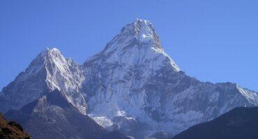 Escalada al Amadablan. 6856 metros (Nepal)
