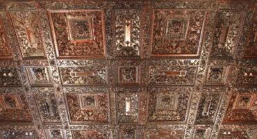 Un artesonado del Castillo de Vélez-blanco en Ciudad de México