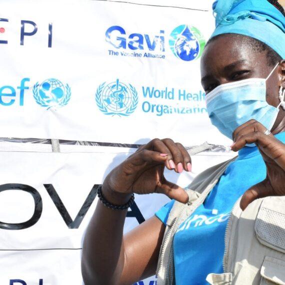 Mecanismo COVAX: La mayor operación de vacunación de la historia